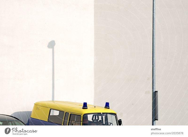 1, 2, Polizei außergewöhnlich Verkehr Laterne graphisch Fahrzeug Autofahren Straßenverkehr Verkehrsmittel Warnleuchte