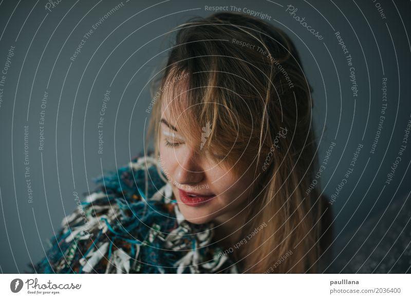 verrückte Mode Frau Stadt schön Erwachsene Leben Lifestyle feminin Stil Kunst Haare & Frisuren Kopf Design wild träumen elegant