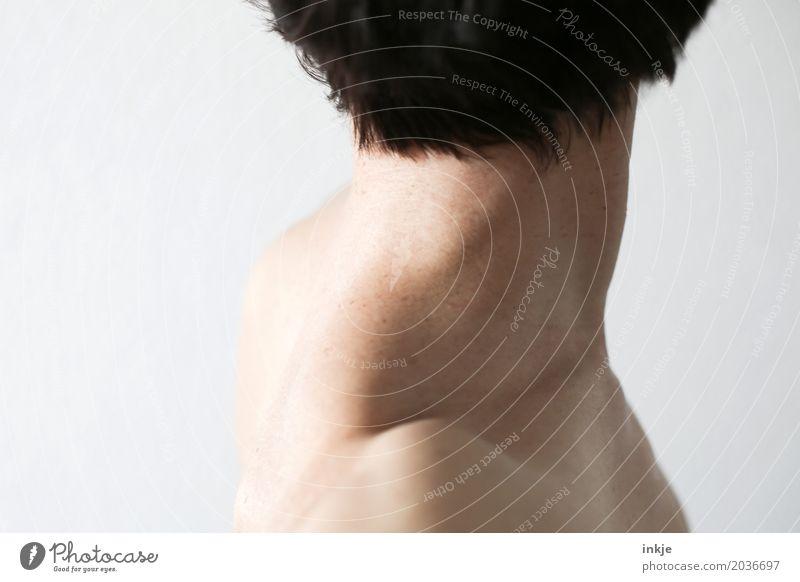 Nacken 2 Mensch Frau schön Erwachsene Leben Gesundheit Haare & Frisuren hell Körper 45-60 Jahre Haut stehen dünn Körperpflege brünett schwarzhaarig