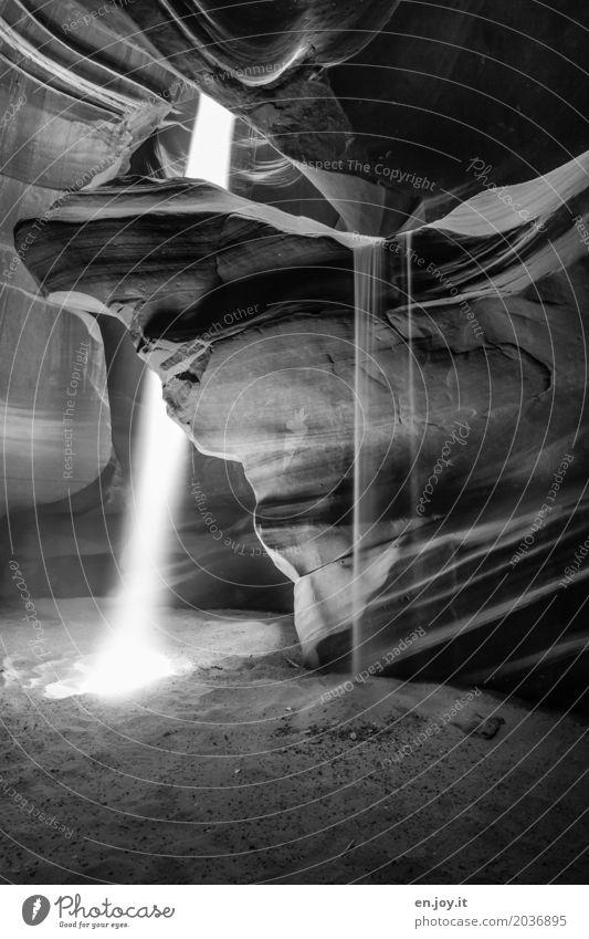 unaufhaltsam Natur Ferien & Urlaub & Reisen Landschaft Religion & Glaube Tod außergewöhnlich Sand Felsen leuchten Kraft USA Vergänglichkeit Hoffnung Urelemente Glaube Trauer