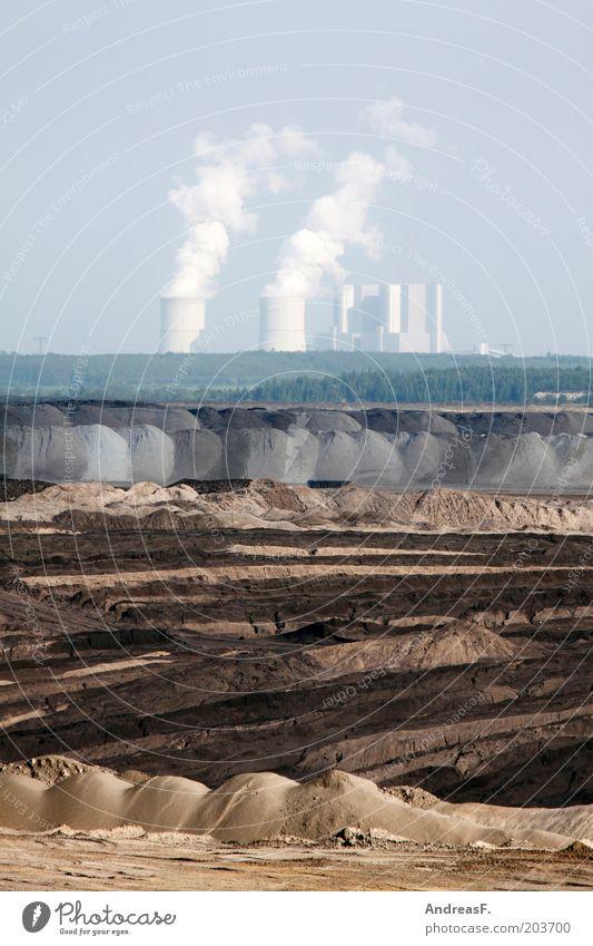 Braunkohleindustrie Wirtschaft Industrie Energiewirtschaft Kohlekraftwerk Umwelt Landschaft Urelemente Erde Sand Wüste Industrieanlage Umweltverschmutzung