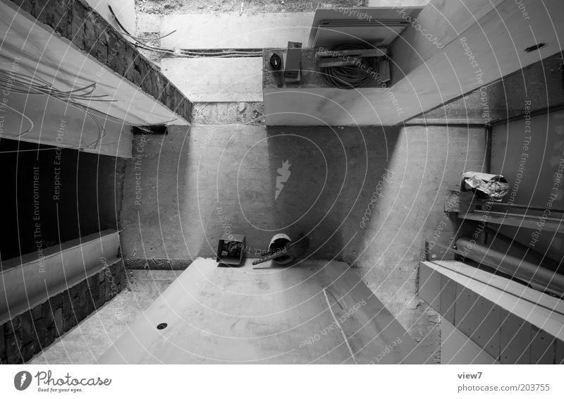 verorten 01 Wohnung Renovieren einrichten Innenarchitektur Raum Baustelle Handwerk Linie Streifen dunkel eckig einfach groß authentisch Ordnung Perspektive