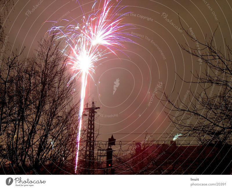 Feuerwerk 1 Silvester u. Neujahr Langzeitbelichtung rot Freizeit & Hobby Abend Feste & Feiern