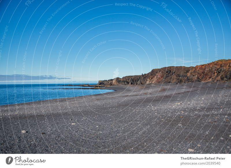 Küste Umwelt Natur Landschaft Meer blau braun schwarz Island Strand Lava Himmel Tourismus Stein Reisefotografie Farbfoto Außenaufnahme Menschenleer
