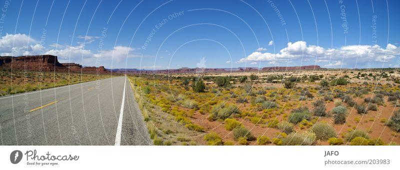 Highway Verkehrswege Straße Linie Ferien & Urlaub & Reisen Unendlichkeit heiß trocken Wärme blau grau grün Sehnsucht Freiheit USA Autobahn Arizona Utah Amerika