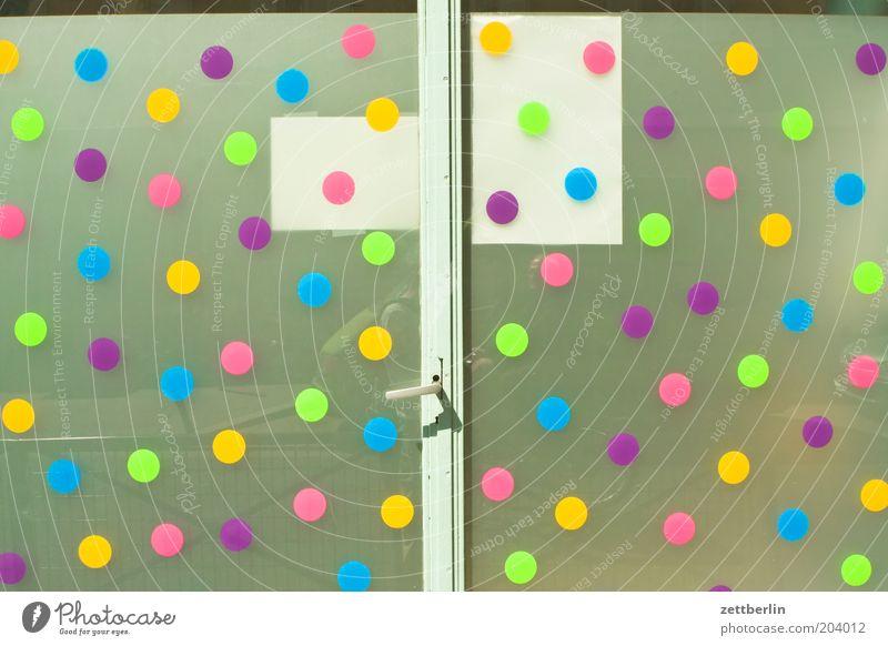 Montessori Farbe Glas Tür geschlossen Dekoration & Verzierung Punkt Eingang Griff Scheibe mehrfarbig Glasscheibe durchscheinend Glastür