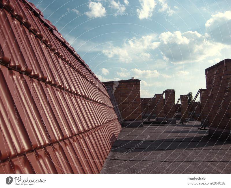 menschenleer Himmel Haus Wetter Dach Backstein Schönes Wetter Schornstein stagnierend Dachziegel Teerpappe Ziegeldach