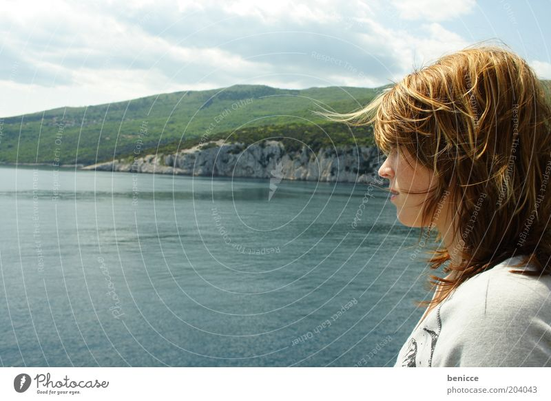 view Frau Mensch Jugendliche Wasser Meer Sommer Strand Ferien & Urlaub & Reisen Einsamkeit träumen Wind Ausflug Perspektive Aussicht brünett Fernweh