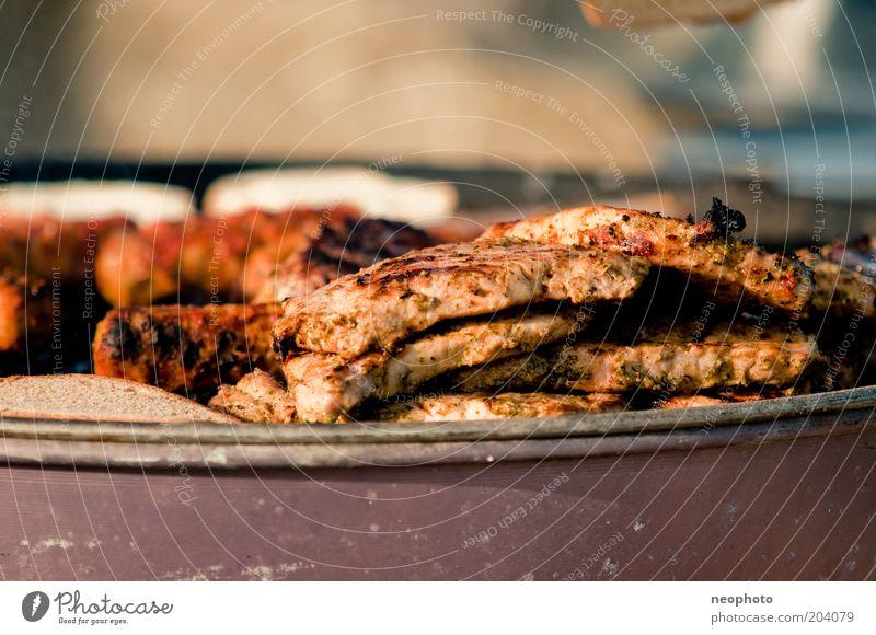 Fleischeslust Grillen Ernährung Steak Bratwurst Appetit & Hunger Menschenleer Detailaufnahme Textfreiraum oben Schwache Tiefenschärfe