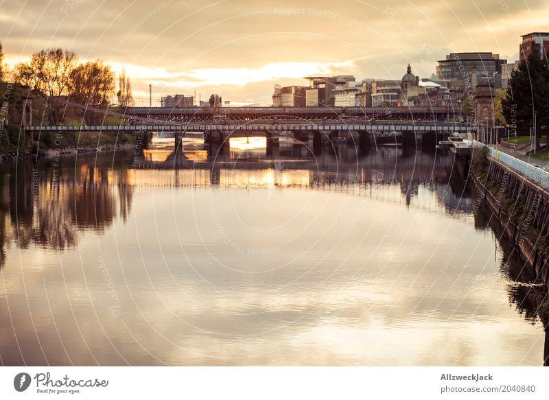Glasgow Brücke 2 Schottland Wasser Fluss Reflexion & Spiegelung Sonnenuntergang Abend Wolken Aussicht Clyde Panorama (Aussicht)