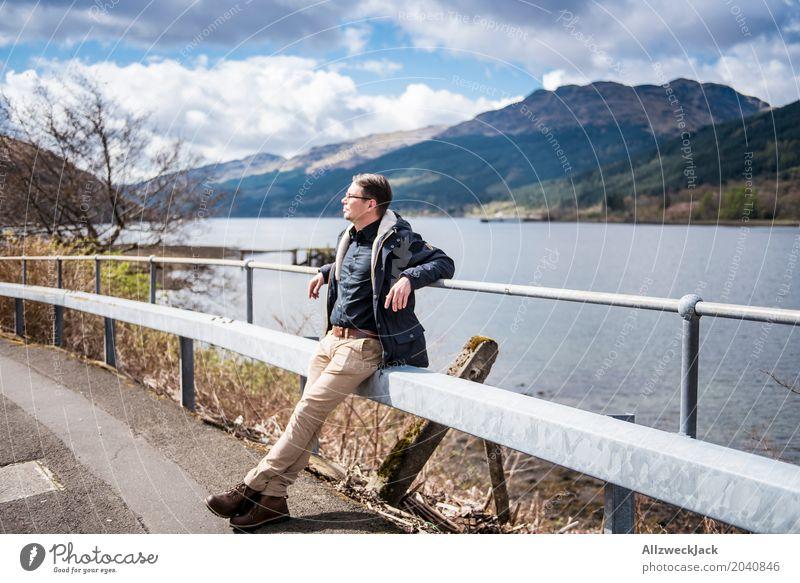 Sonne tanken Mensch Ferien & Urlaub & Reisen Jugendliche Mann Junger Mann Landschaft Erholung 18-30 Jahre Berge u. Gebirge Erwachsene Leben Küste Glück Freiheit