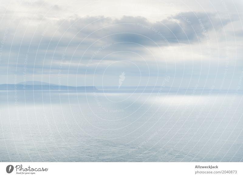 Silver Clouds Landschaft Wasser Himmel Wolken Horizont Frühling Klima Wetter Schönes Wetter Nebel ästhetisch grau silber Ferne Zufriedenheit Meer Küste Dunst