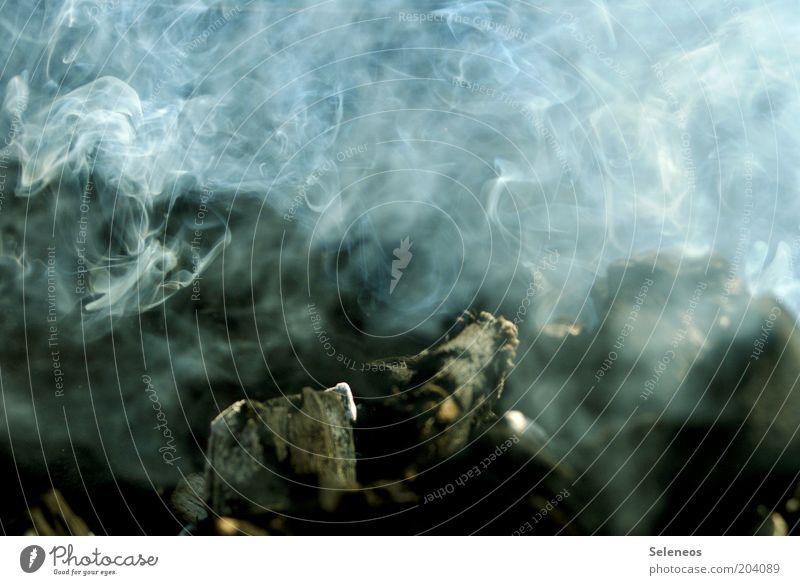 Raucherclub Feuer entzünden Grillkohle Holzkohle