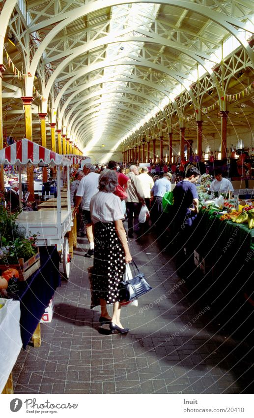 Markthalle Ernährung Perspektive stehen Gemüse Lagerhalle Markt England