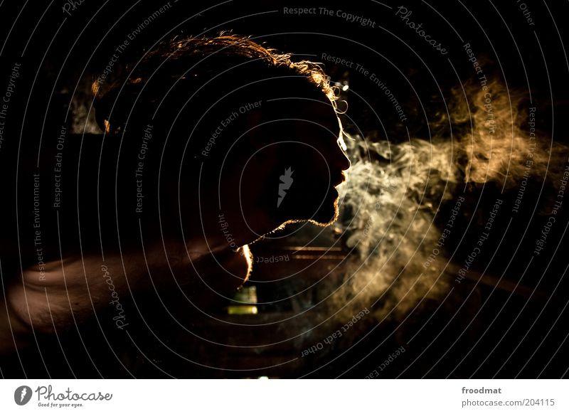 black smoke Rauchen Wohlgefühl Mensch Junger Mann Jugendliche Erwachsene langhaarig träumen außergewöhnlich dunkel Laster Hemmungslosigkeit Genusssucht
