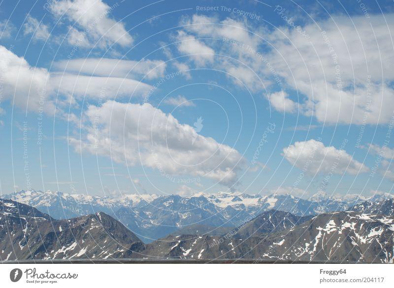 Blau-weiss! Umwelt Natur Landschaft Himmel Sommer Schönes Wetter Felsen Alpen Berge u. Gebirge Gipfel Schneebedeckte Gipfel Ferne frei gigantisch blau grau weiß