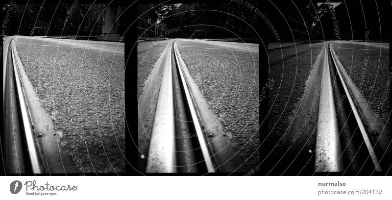 3mal1 Schienenstrang Straße dunkel Fotografie Kunst Umwelt Verkehr Filmmaterial Technik & Technologie analog Verkehrswege Symmetrie Straßenbahn Teer
