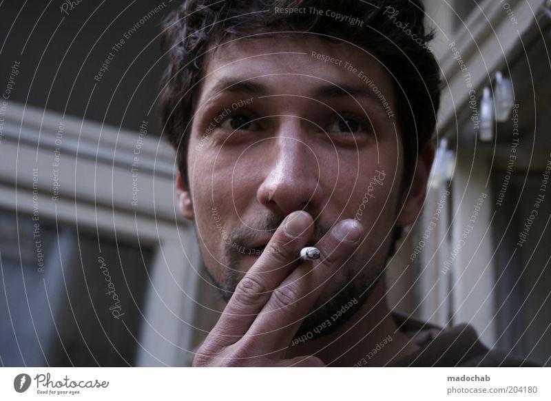 balcony delight Mensch Mann Jugendliche Gesicht Erwachsene Stil maskulin Lifestyle 18-30 Jahre Rauchen Gelassenheit genießen Zigarette Schwäche ungesund Krankheit