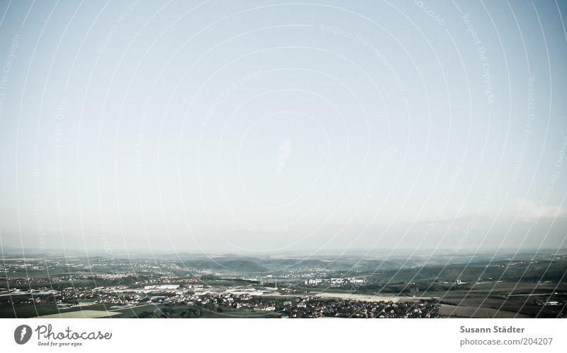 Up Landschaft Wolkenloser Himmel Meissen oben Luft Aussicht Dorf Feld Heizkraftwerk Dunst Nebel Hügel Gedeckte Farben Außenaufnahme Menschenleer
