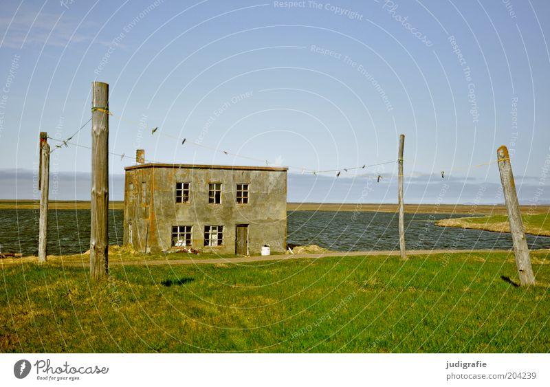 Island Wasser alt Himmel Meer Haus Einsamkeit Wiese Gebäude Küste Idylle Hütte Bucht Schönes Wetter ländlich Wäscheleine