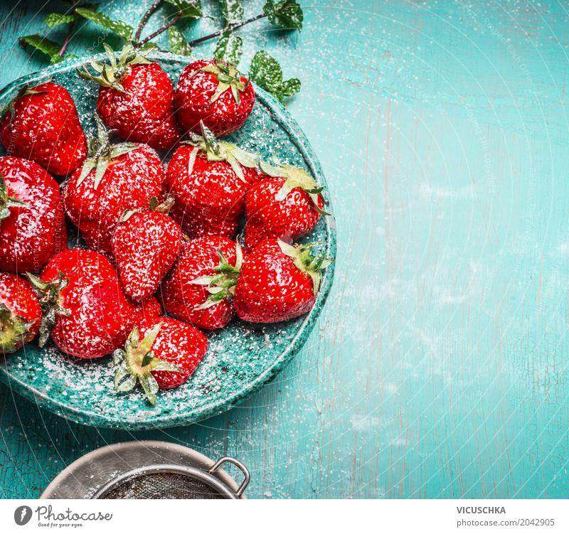 Nachtisch mit Erdbeeren Lebensmittel Frucht Dessert Ernährung Bioprodukte Vegetarische Ernährung Saft Schalen & Schüsseln Stil Design Gesundheit