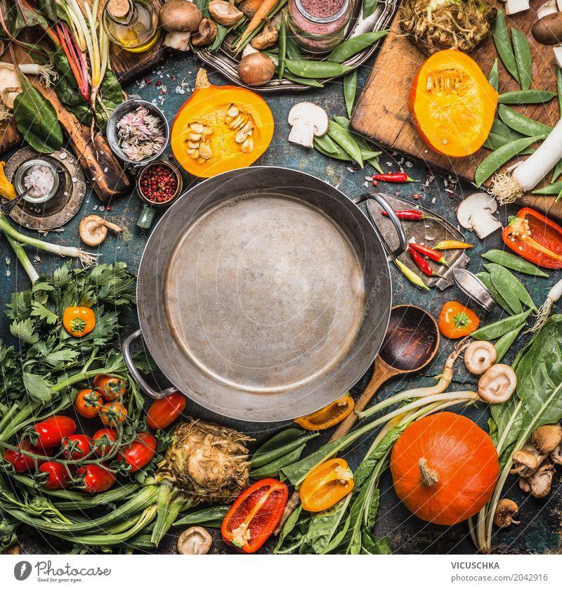 Herbst Gemüse für gesundes Essen Lebensmittel Kräuter & Gewürze Öl Ernährung Mittagessen Festessen Bioprodukte Vegetarische Ernährung Diät Geschirr Topf Löffel