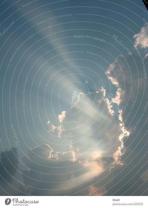 Wolkenstrahlen 01 Beleuchtung
