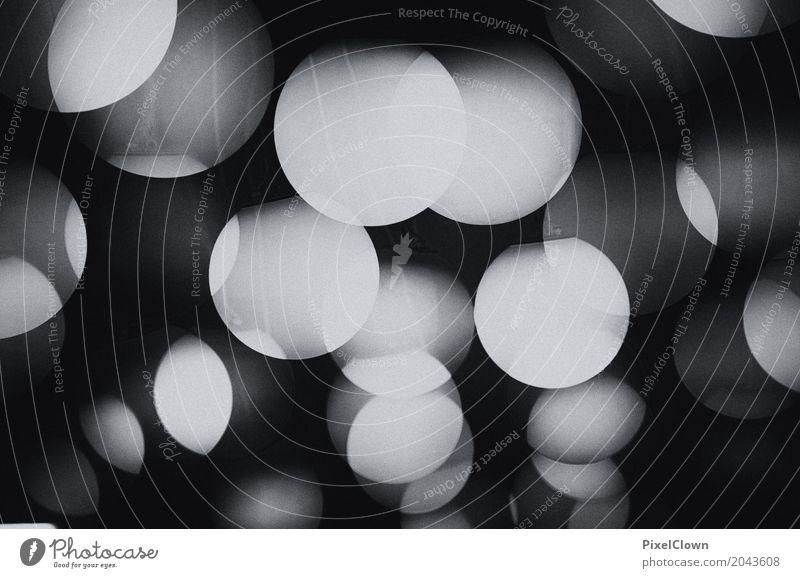 Lichter Lifestyle Stil Design Nachtleben Entertainment Party Feste & Feiern Zeichen glänzend leuchten verrückt schwarz weiß Schwarzweißfoto abstrakt Muster