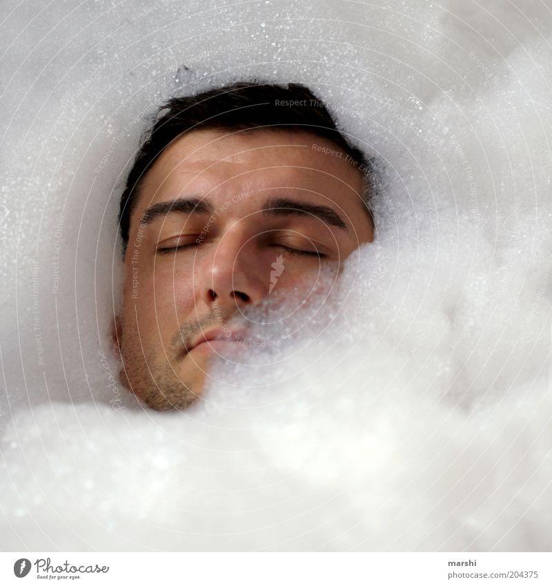 relax! schön Körperpflege Gesundheit Freizeit & Hobby Mensch maskulin Junger Mann Jugendliche Erwachsene Kopf 1 Erholung Stimmung Schaum Wellness Badewanne