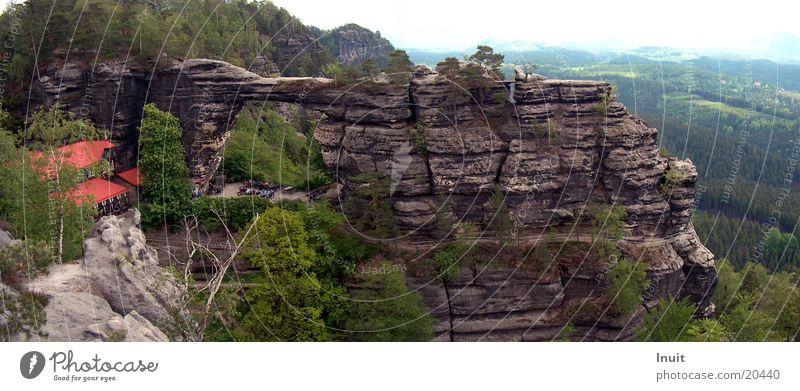Prebischtor Berge u. Gebirge groß Sachsen Gesteinsformationen Panorama (Bildformat) Sächsische Schweiz Tschechien Elbsandsteingebirge Felsentor