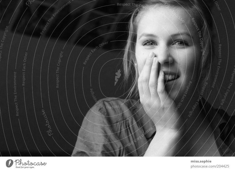 sternenhimmel Hand Jugendliche schön Freude Gesicht feminin Gefühle Glück lachen Denken Zufriedenheit Fröhlichkeit authentisch natürlich Warmherzigkeit