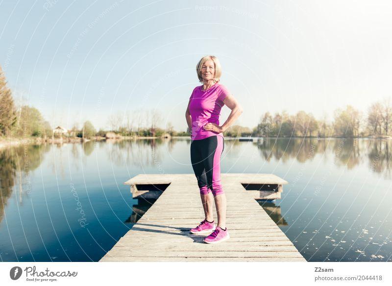 jetzt kann´s losgehen Lifestyle Stil Freizeit & Hobby Fitness Sport-Training Frau Erwachsene Weiblicher Senior 60 und älter Natur Sonne Sommer Schönes Wetter