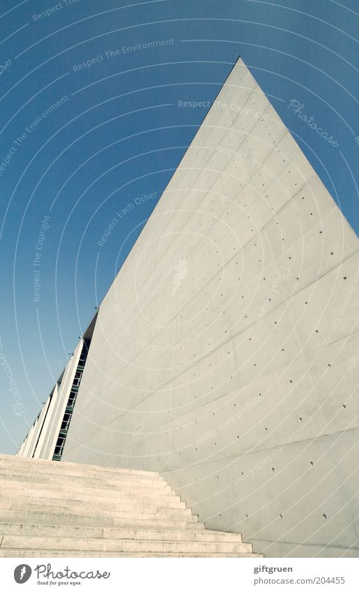 spitzenpolitik Himmel Stadt blau Haus Berlin Wand Mauer Gebäude Architektur groß Beton Fassade Perspektive Treppe modern