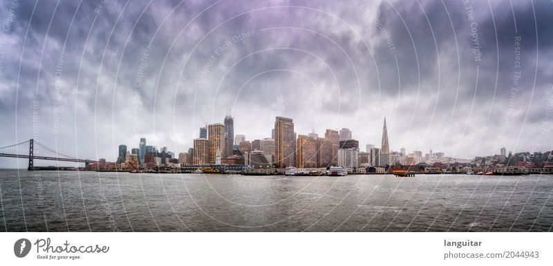 Clouds over San Francisco Himmel Wasser Wolken dunkel Beleuchtung Küste Gebäude grau Regen Wetter Hochhaus Wind USA Brücke Turm Bauwerk