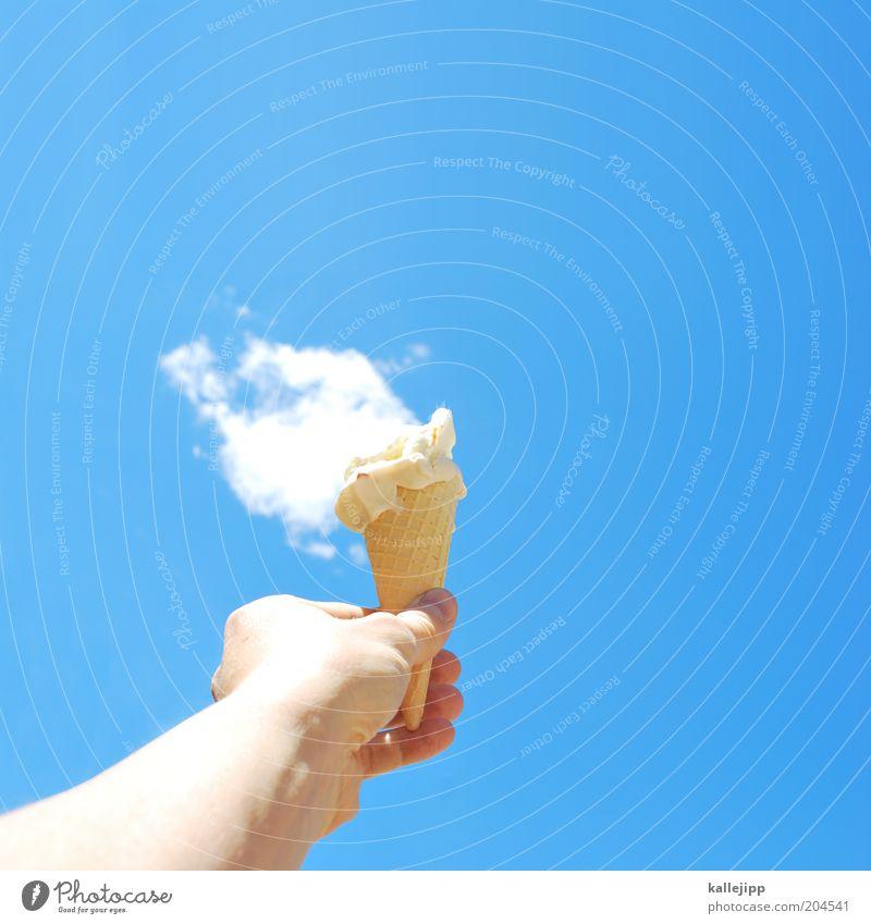 aber bitte mit sahne Milcherzeugnisse Dessert Süßwaren Ernährung Arme Hand Finger Sommer festhalten genießen skurril Surrealismus Waffel Eiswaffel Sahne Wolken