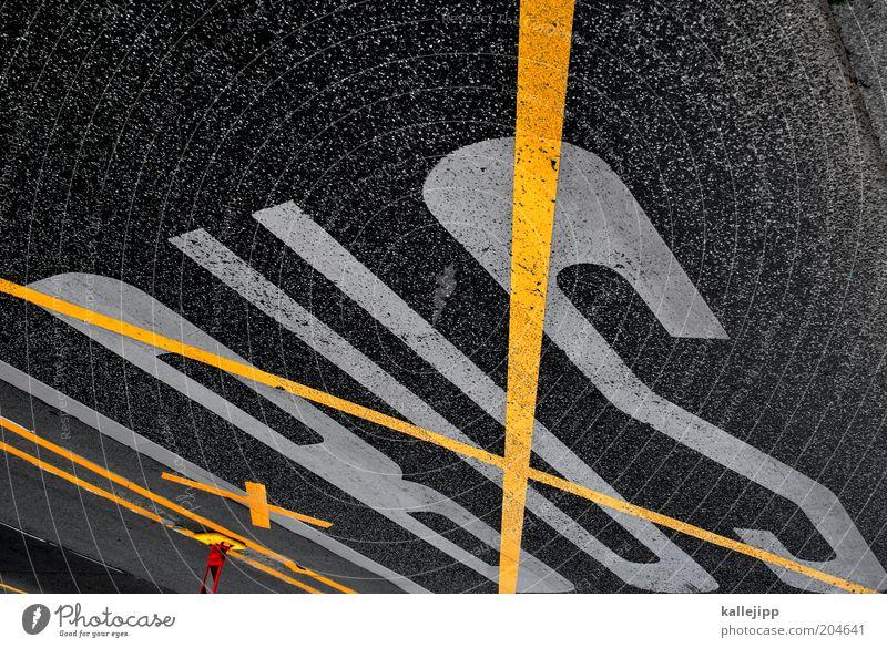 dann nehm ich halt die bahn Straßenverkehr Schilder & Markierungen Verkehr Schriftzeichen Zeichen Mobilität Verkehrswege Verbote Personenverkehr Fahrbahn
