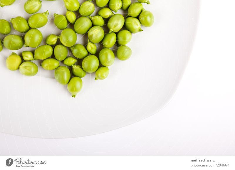 Erbsen weiß grün Ernährung Lebensmittel ästhetisch Gemüse Teller Vegetarische Ernährung Erbsen