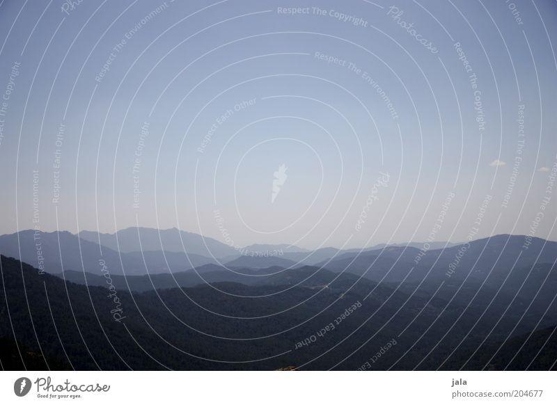 blue world. Ferne Freiheit Sommer Berge u. Gebirge Landschaft Himmel Horizont Hügel frei gigantisch Unendlichkeit blau Farbfoto Außenaufnahme Menschenleer