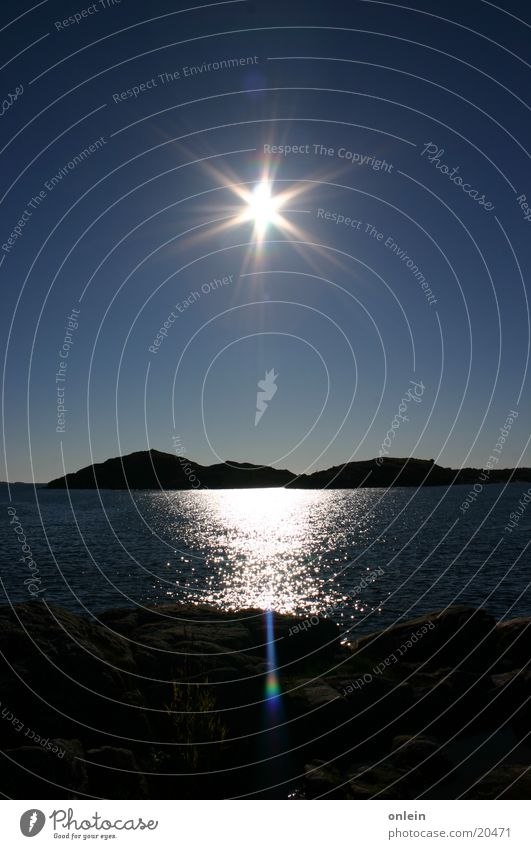 Sonne über Norwegen Meer Fjord