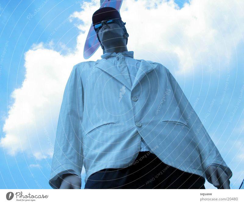 dress man Mann Wolken Perspektive Blauer Himmel