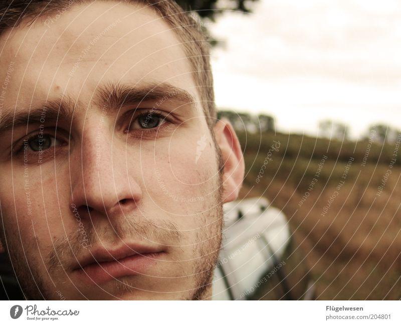 Zweites Leerjahr Mensch Jugendliche Einsamkeit träumen Traurigkeit Erwachsene Hoffnung Trauer Mann nachdenklich Liebeskummer geduldig Anschnitt Single Verlierer Dreitagebart