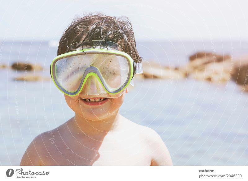 Junge am Strand Mensch Kind Ferien & Urlaub & Reisen Sommer Meer Lifestyle Sport lachen Spielen Tourismus Schwimmen & Baden Freizeit & Hobby Ausflug Wellen