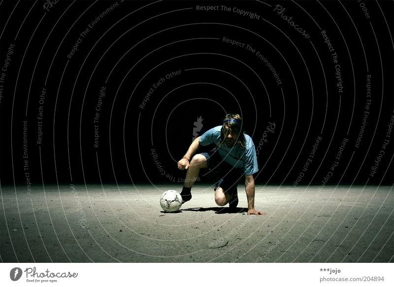 zinedine. Mann Jugendliche Sport dunkel Spielen Fußball Erwachsene maskulin Ball Spielfeld Sport-Training sportlich Fan Sportler