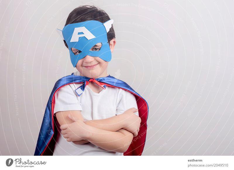Kind als Superheld verkleidet Mensch Freude Lifestyle Junge lachen Spielen Glück Party Feste & Feiern Stimmung Kindheit Geburtstag Lächeln Fröhlichkeit