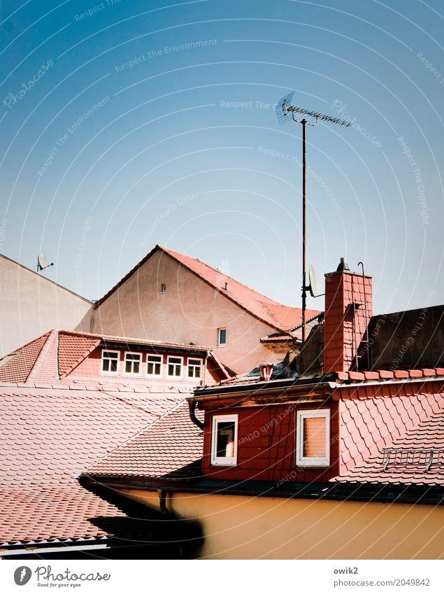 Gegenüberstellung alt Stadt Haus Fenster Wand Gebäude Mauer Deutschland oben Fassade frei Schönes Wetter hoch Dach Vergangenheit neu
