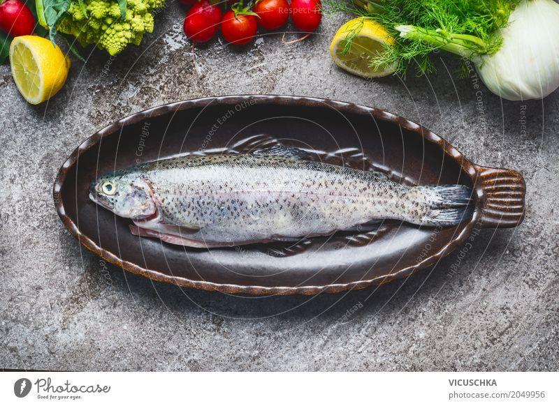 Ganze Forelle in Backform Lebensmittel Fisch Gemüse Ernährung Bioprodukte Vegetarische Ernährung Diät Geschirr Stil Design Gesunde Ernährung Tisch Küche Essen