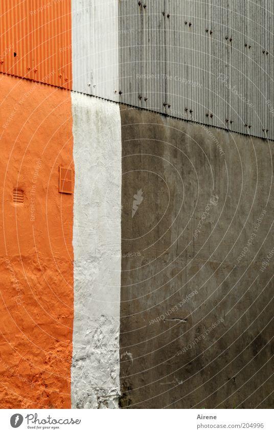 Klare Verhältnisse weiß Farbe Wand grau Mauer Gebäude Metall orange Fassade Beton Design Streifen Dekoration & Verzierung einfach Versuch