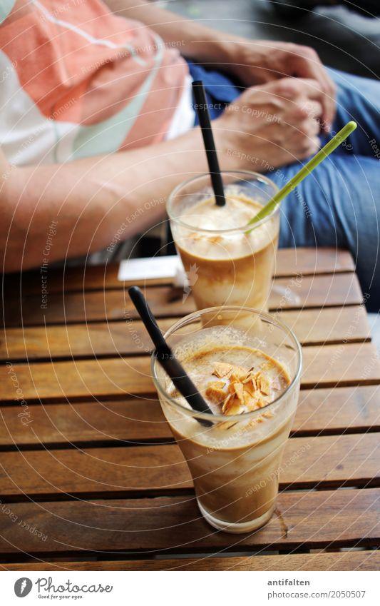 Kokos-Kaffee Dessert Speiseeis Süßwaren Ernährung Getränk trinken Erfrischungsgetränk Eiskaffee Glas Trinkhalm Löffel Ferien & Urlaub & Reisen Tourismus Ausflug
