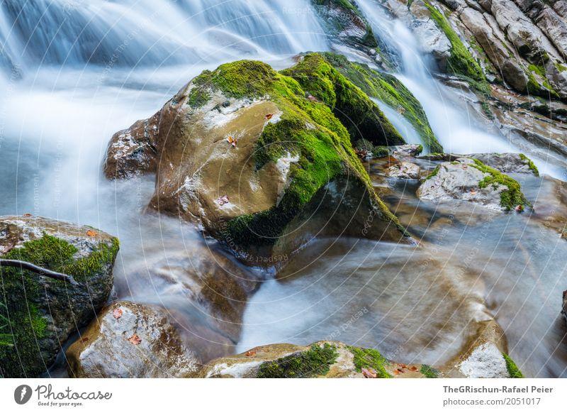 Wasserfall Umwelt Natur Landschaft Pflanze Urelemente Wassertropfen Schönes Wetter blau braun grau grün schwarz weiß Stein Moos nass kalt fließen Schweben