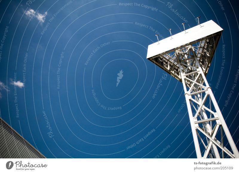 Lost Billboard II Himmel weiß blau Linie hell Metall Schilder & Markierungen groß hoch leer USA Turm Werbung Stahl aufwärts Schönes Wetter